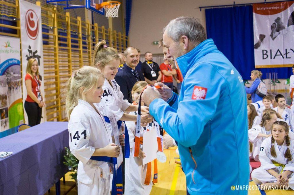12 medali naszych Karateków